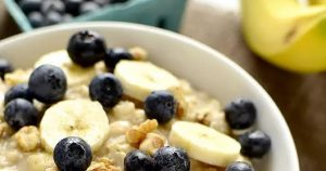 Blueberry Banana-Nut Oatmeal