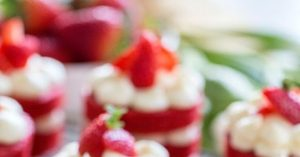 WEEKENDS IN THE KITCHEN: MINI RED VELVET CAKES (IN ENGLISH)