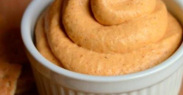 Healthy Cream Cheese Pumpkin Pie Dip