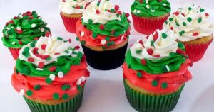 CHRISTMAS SWIRL CUPCAKES