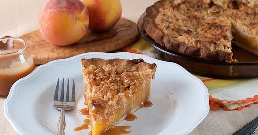 Salted Caramel Peach Crumble Pie