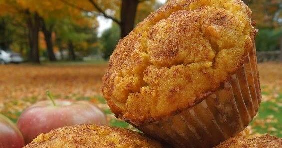 Gluten Free Apple Cinnamon Muffins (Paleo and Dairy Free)