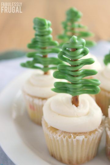 Easy Pretzel Christmas Tree Cupcakes Recipes Best Recipes
